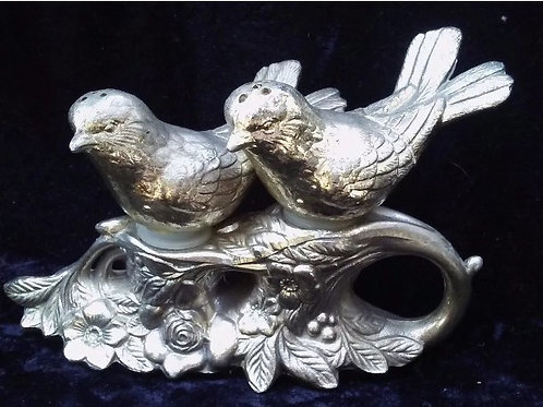 Vintage Bird Decor