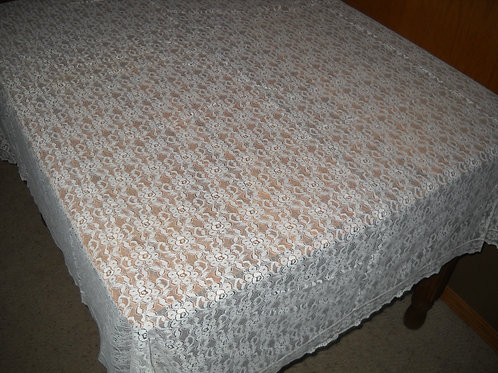 RECTANGULAR LACE TABLECLOTH