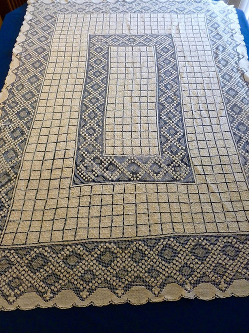 VINTAGE TABLECLOTH RETICELLA NEEDLE LACE STARS OFF