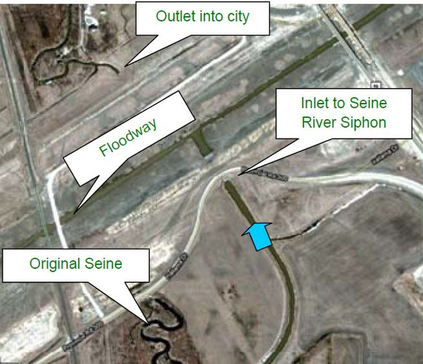 Ovehead satellite view of the Seine River floodway siphon
