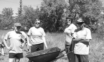2008 Green Team: Erin Collins, Kirsti Simms, Sarah Reilly and Damien Monias.