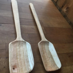 cherry angled spatula