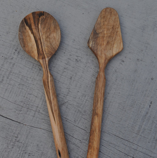 maple salad servers