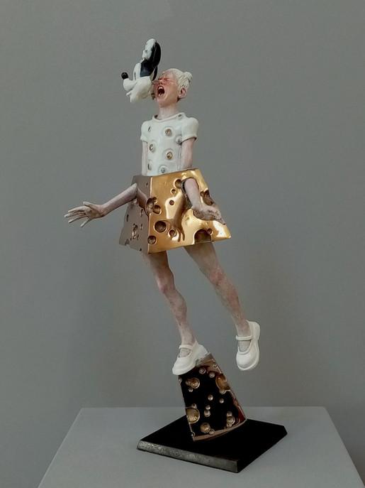 Minnie-Mized Dimensions: 46 x 18 x 17 cm Media: Bronze, enamel Edition of 6 Year: 2018