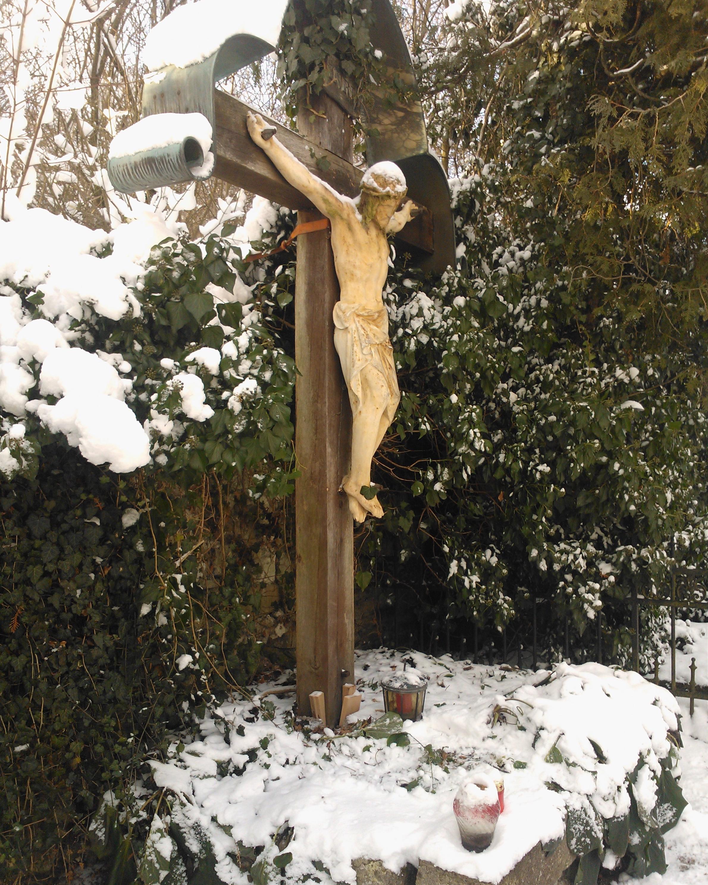 Alland Kreuz-vorher