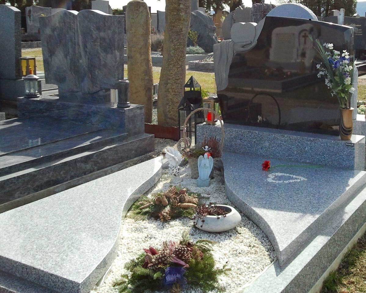 Stein Schindler Grabanlage