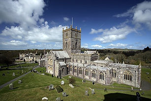 St_David's_Cathedral_and_Bishop's_Palace