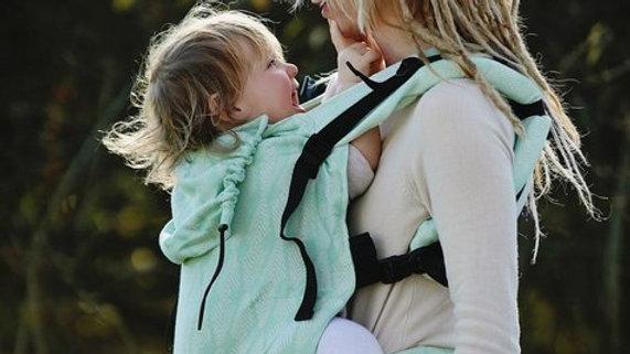 Little Frog XL Toddler Carrier - Pistachio Pines