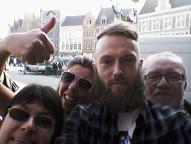 Dienst Menen ontdekt Brugge, Hasselt op prehistorische wandeling en Lommel houdt kruidendag.