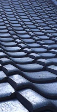 roof-tiles-designs-tableware-employs-tra