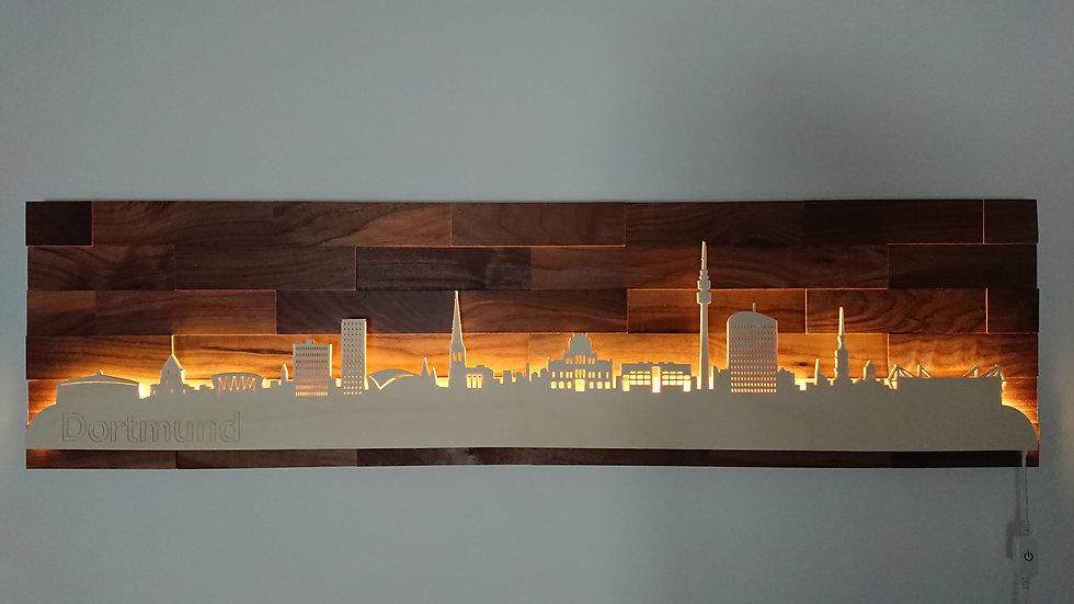 """Skyline aus Holz - """"Dortmund"""" - Nussbaum - Warmweiß LED Beleuchtung"""