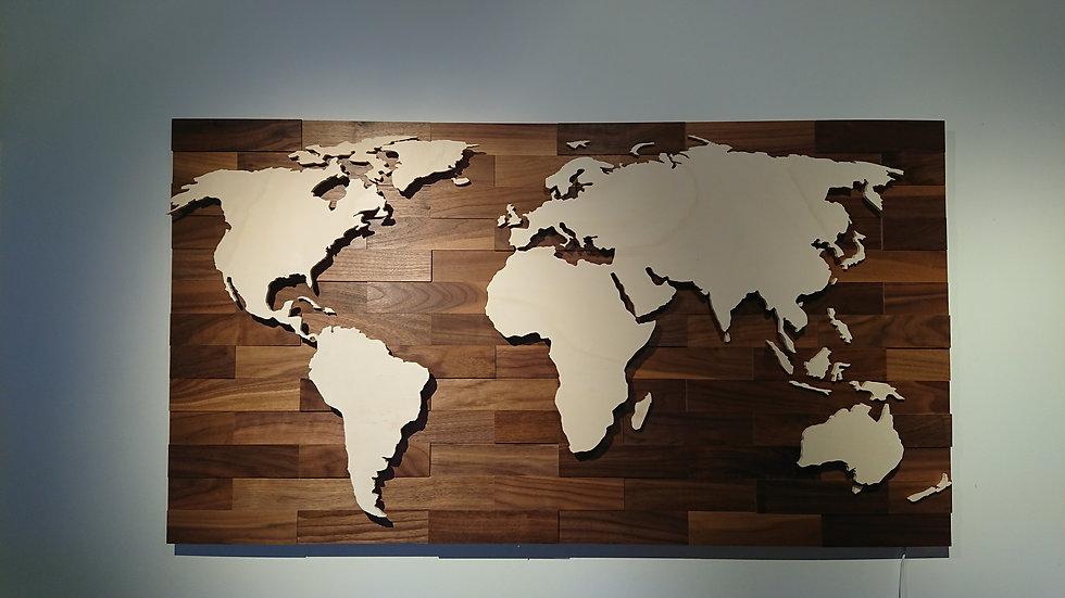 "Weltkarte aus Holz - ""Nussbaum"" - LED RGB Beleuchtung"