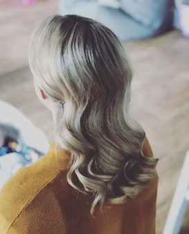 bridal hollywood waves cambridgeshire bridal hair stylist
