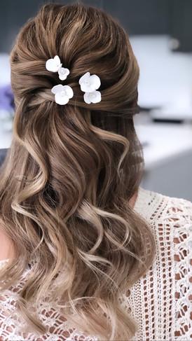 bridal hair flowers