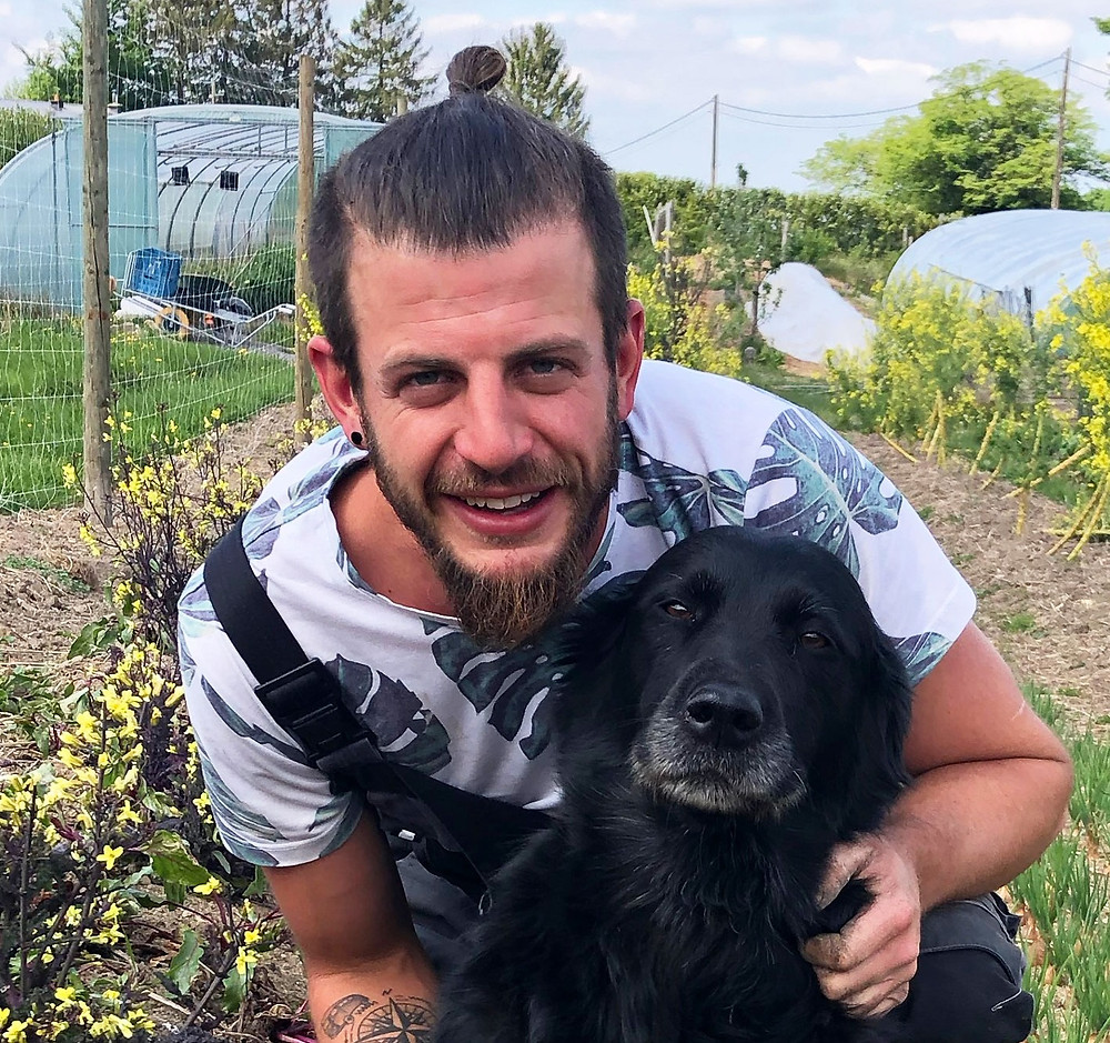 Alexi Jaspar, maraîcher à la ferme Le Petit Monde de Desnié