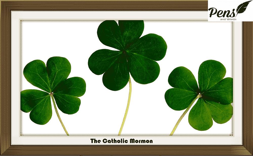 clover shamrocks Irish pens and words green Ireland