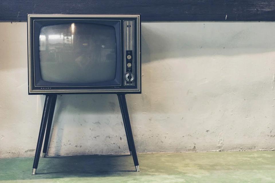 tv television retro classic old antique vintage