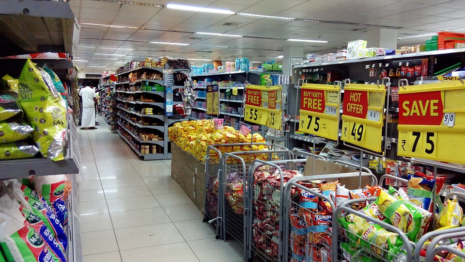 supermarket with food in aisle
