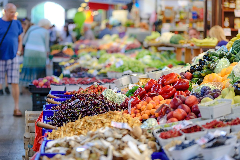 market with food