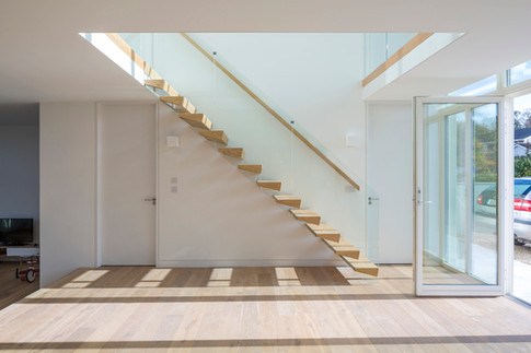 Solid oak cantilevered stairs