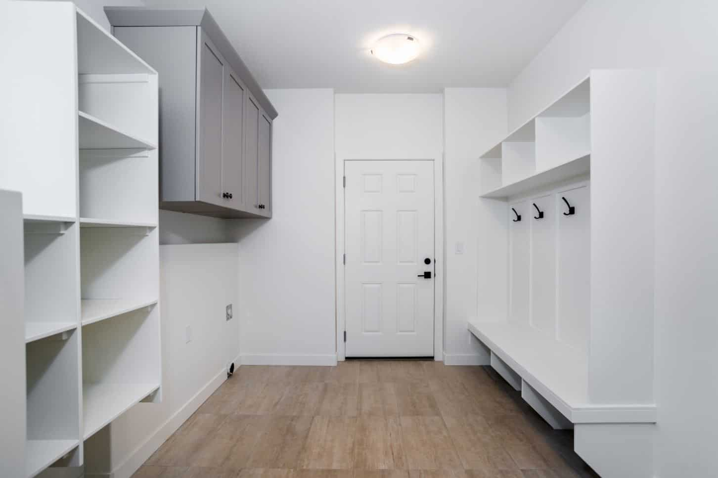 403 Dagnone - Mudroom Pantry