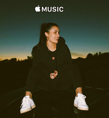 Liz Lokre x AppleMusic