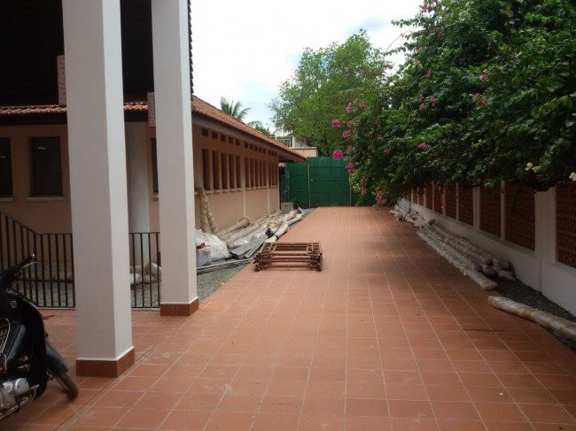 Walkway for-tensioned_fabric_structure-650x487