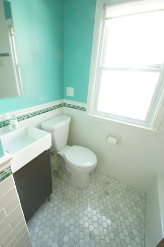 Lake Nokomis, Guest Bathroom #2