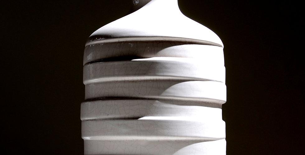 White Ribbon Pot