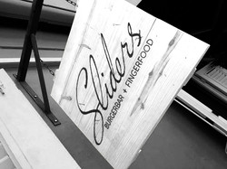 Signage Sliders restaurant