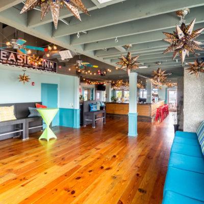 Sliders-Lounge-400x400.jpg