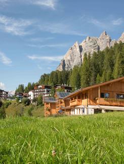 Dolomiti Lodge hotel