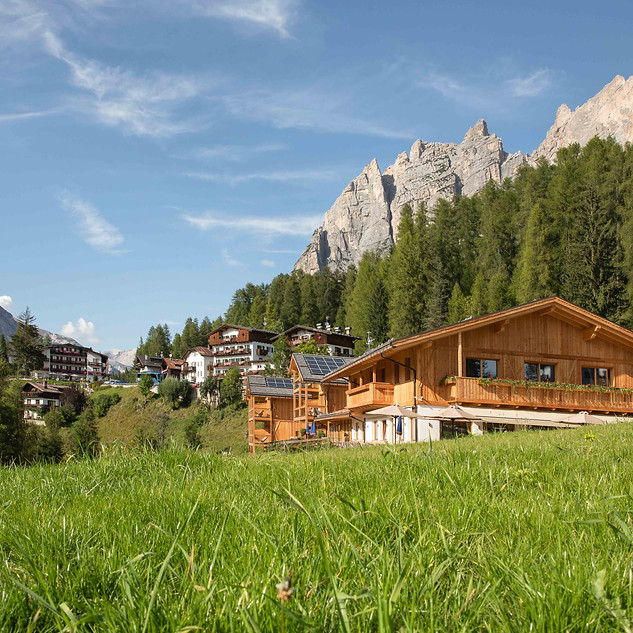 Dolomiti Lodge hotel