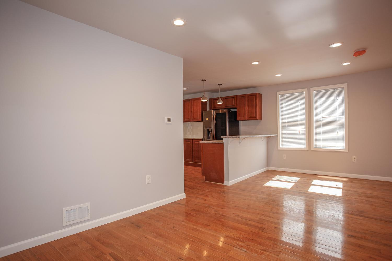 6600 Smith Ave North Bergen NJ-large-005-31-Living Room-1500x1000-72dpi