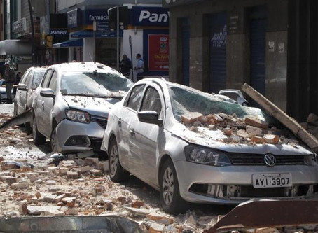 Prefeitura da Capital começa a multar proprietários de prédios que possuem sacadas e marquises sem l