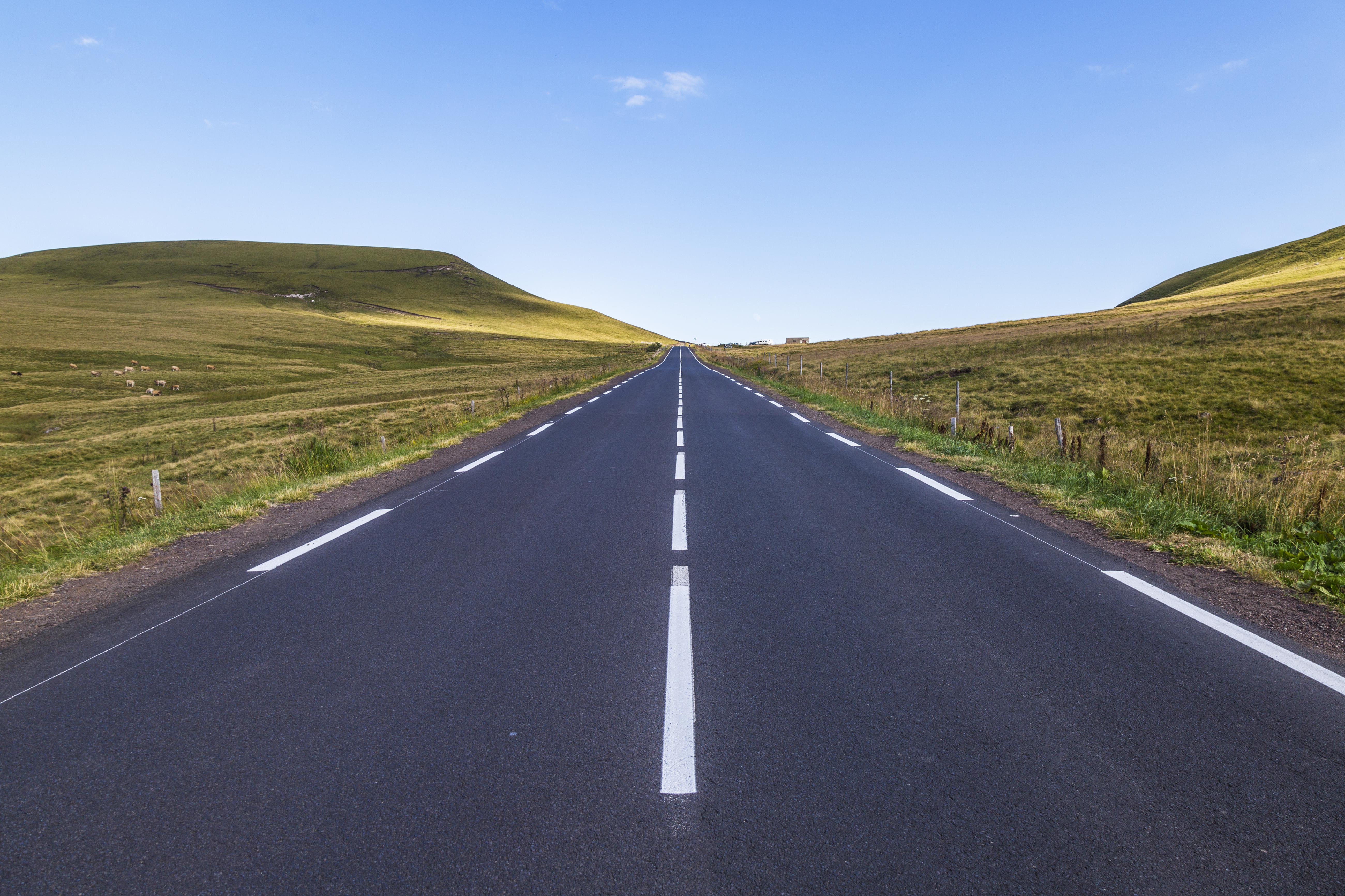 #28 Straight road