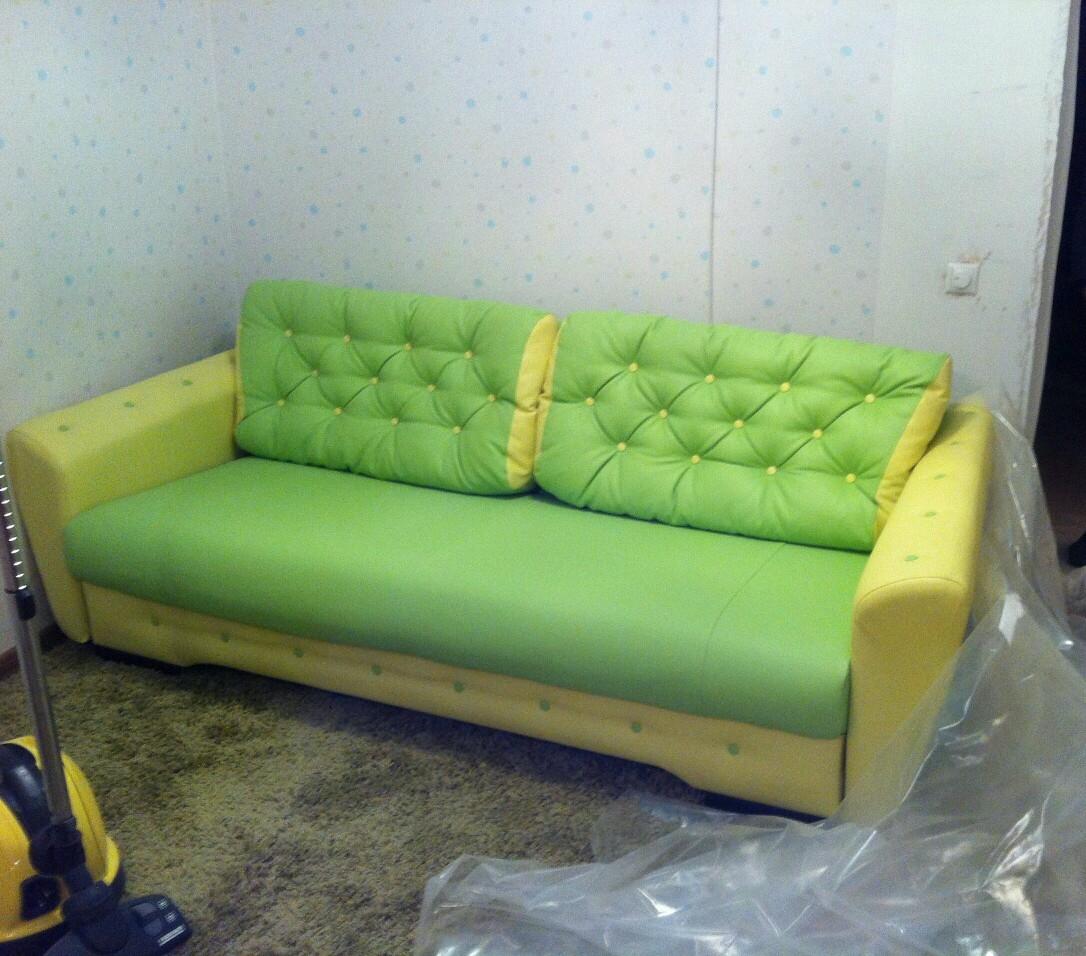 Перетяжка дивана экокожа