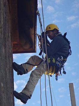 Accord de pierre-yann dumas-expertise photo-Haut koenigsbourg-cordiste-travaux en hauteur-monument historique-patrimoine