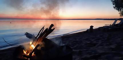 Bonfire on the Beach - N. Spina
