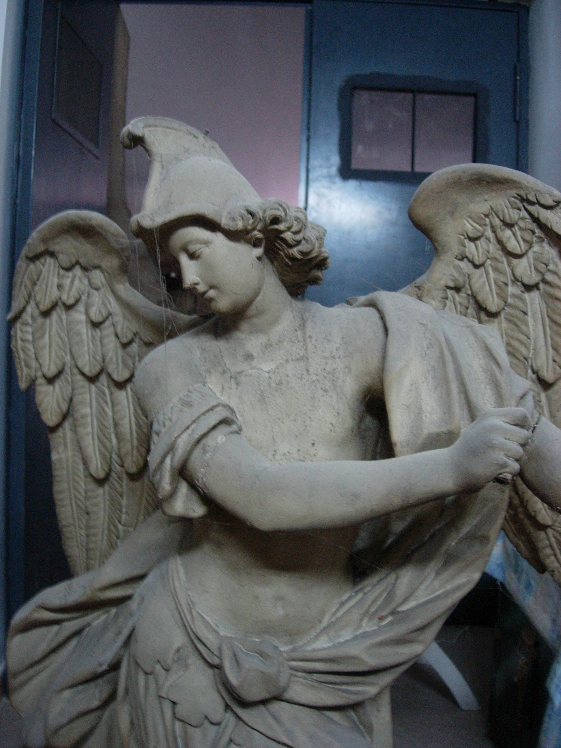 La Statua prima del restauro