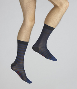 chaussette rayées asymétriques bleu et