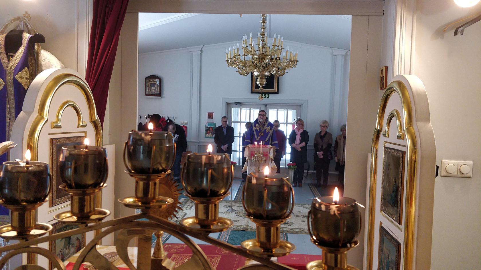 Kuhmon Karjalan valistajien kirkko
