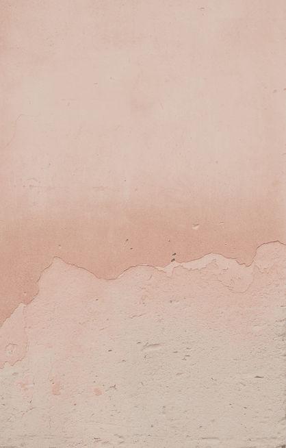 Pink weathered textured background_edite