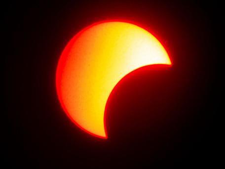 Eclipse partielle du soleil du 10 juin, le pic sera à Dunkerque