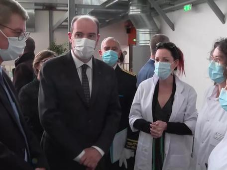 Jean Castex en visite en Dordogne : une arrivée surprise pour le personnel hospitalier