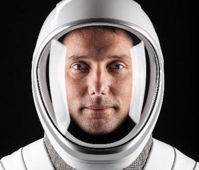 Dans quelques jours Thomas PESQUET repart dans l'espace et rêve de partir sur la lune