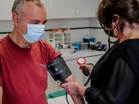 Covid-19 : La colère des généralistes privés de dose de vaccins au profit des pharmacies