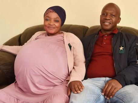 Record : une femme donne naissance à 10 enfants