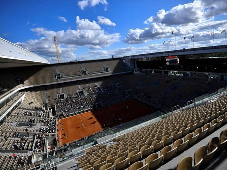 Roland-Garros : Jean-Michel Blanquer parle d'une jauge de 1000 personnes maximum par court