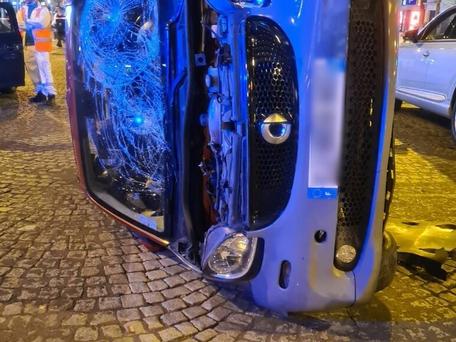 Paris : 4 piétons percutés par une automobiliste sur les Champs-Elysées